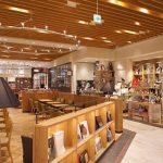 鶴屋「café & books bibliotheque」は本とカフェが融合する憩いのカフェ/熊本/