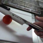 ZWILLING(ツヴィリング)は切れ味が良過ぎて手放せない包丁。トマトが切れすぎて困る。
