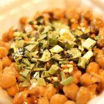 「納豆用やくみ」納豆に刻みネギを、かけるだけの納豆専用薬味が素晴らしい。
