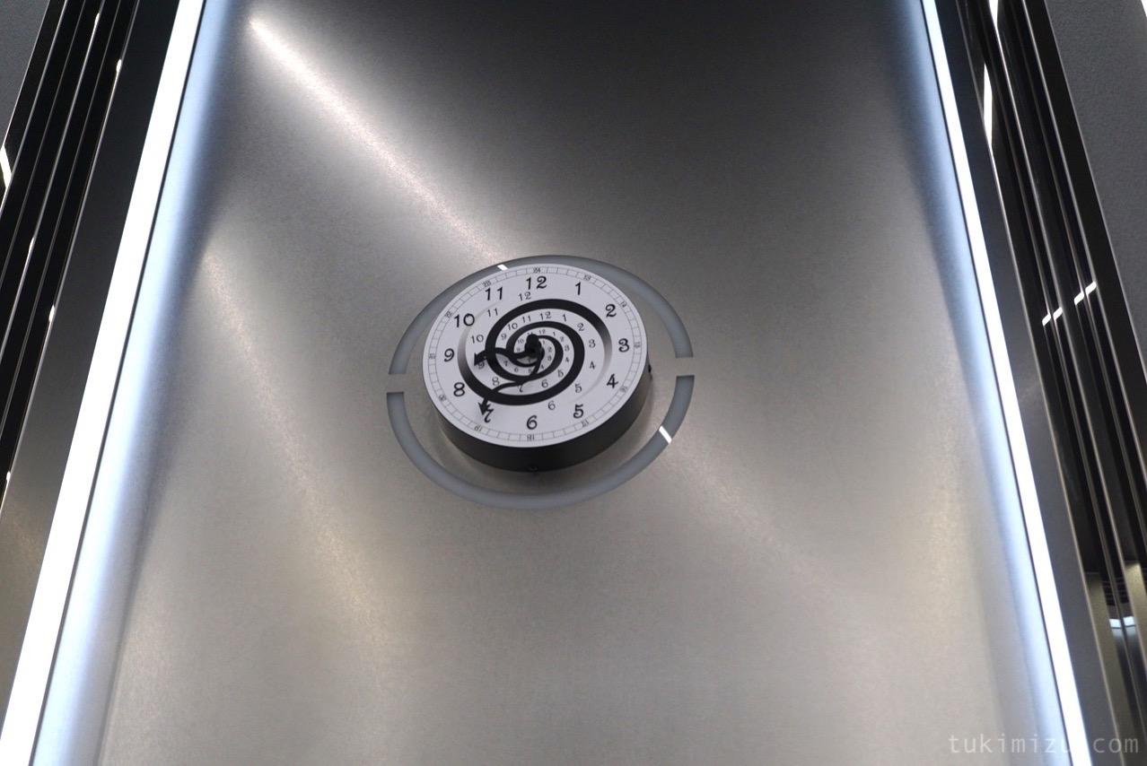 エレベータの時計