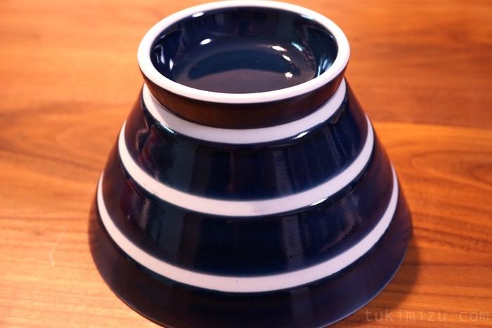青のくらわんか碗の裏